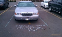 The funniest and most creative windshield notes ever left by angry neighbors